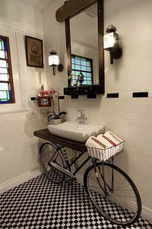 Don't get rid of your old bike. You can use it to make your home look very cool.