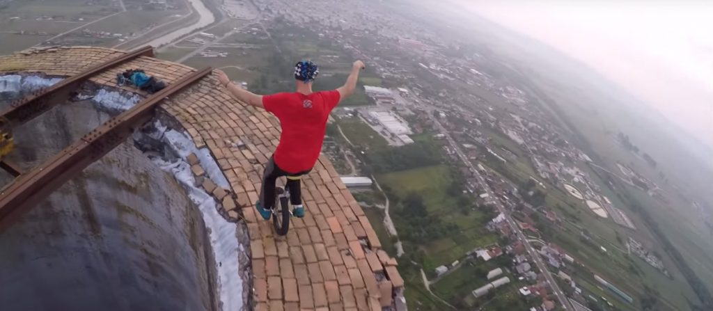 video-unicycling-256-metre-chimney-ease