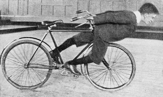 Stunt Bikers from 100 Years Ago (19)