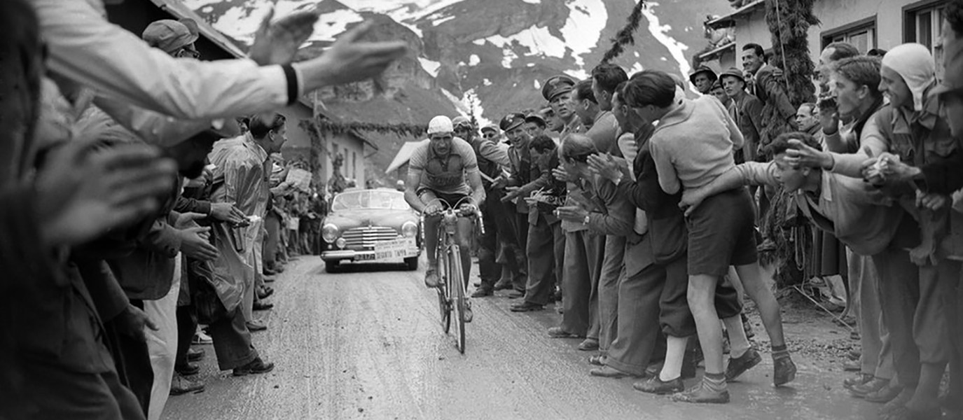 15 Spectacular Vintage Photos of Giro d'Italia