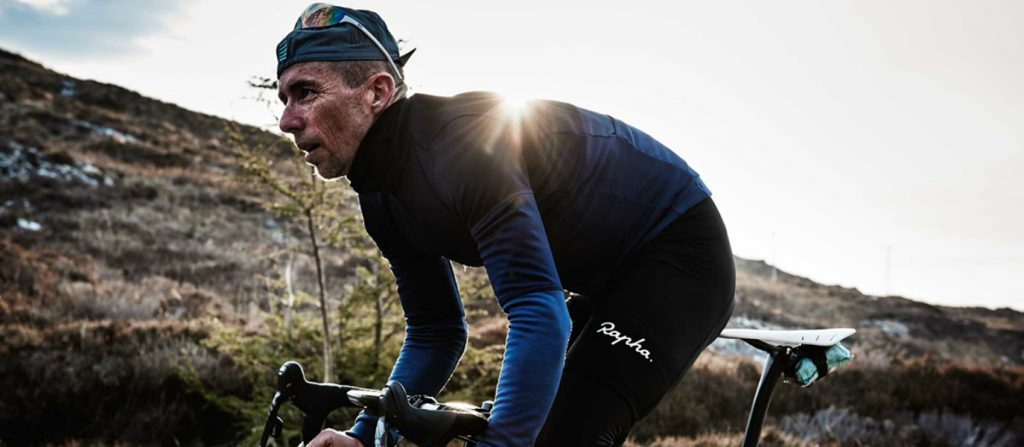 people-love-hate-cyclists-rapha-apparel