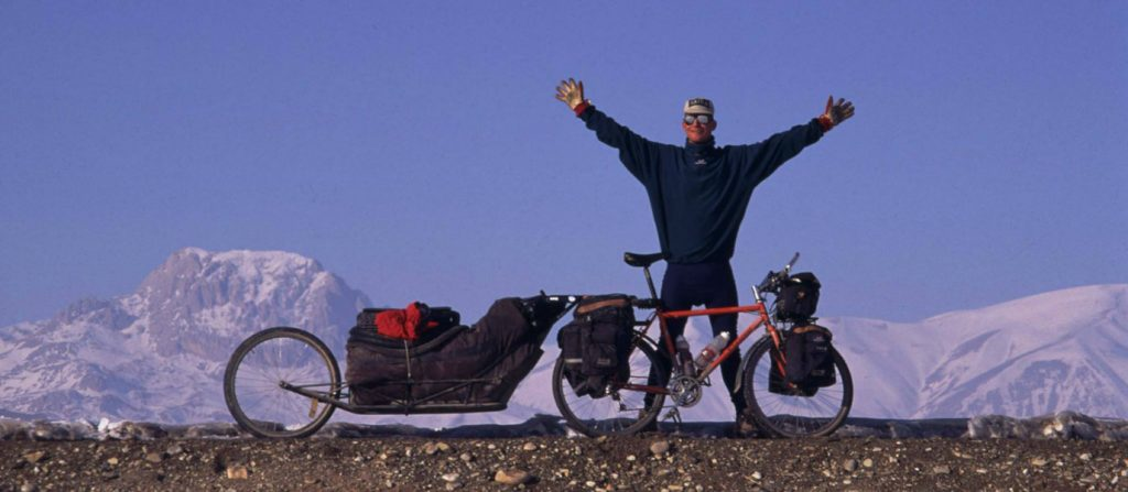 crazy-swede-thats-nickname-get-bike-13-000-km-sweden-nepal