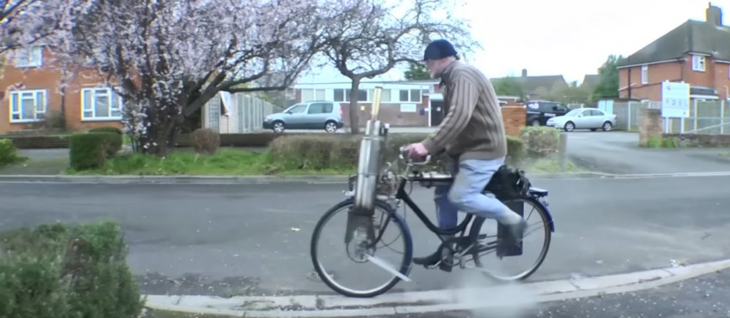 video-british-engineer-designed-built-steam-powered-bicycle