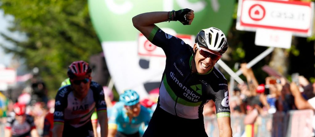 giro-ditalias-11th-stage-spectacular-start-finish