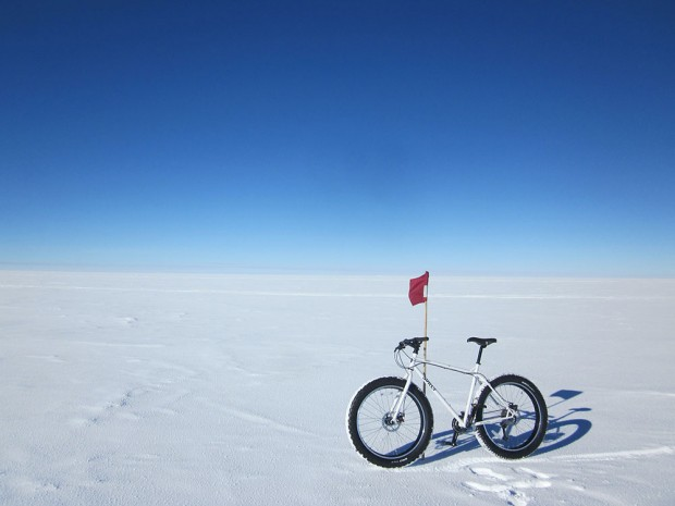 Surly Pugsley at the South pole
