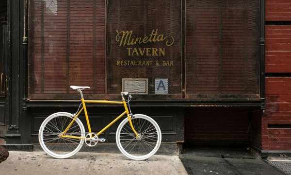 Tokyobike, a small company set up in 2002 in the Yanaka District of the Japanese capital, offers bicycles that are perfectly suited for everyday usage, but look so beautiful, as if they were made for holidays only.