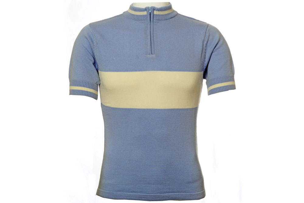 Personally, I prefer merino wool on any ride below 15 degrees – it performs better than synthetic material, offers natural UV protection, and due to the naturally occurring antibacterial lanolin your clothes won't smell as bad as your synthetic jerseys after a day in the saddle.