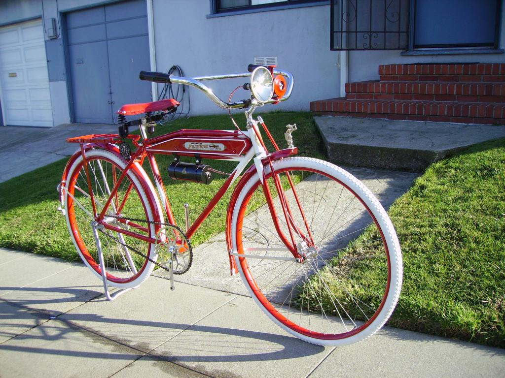 Vintage schwinn flying comet bicycle