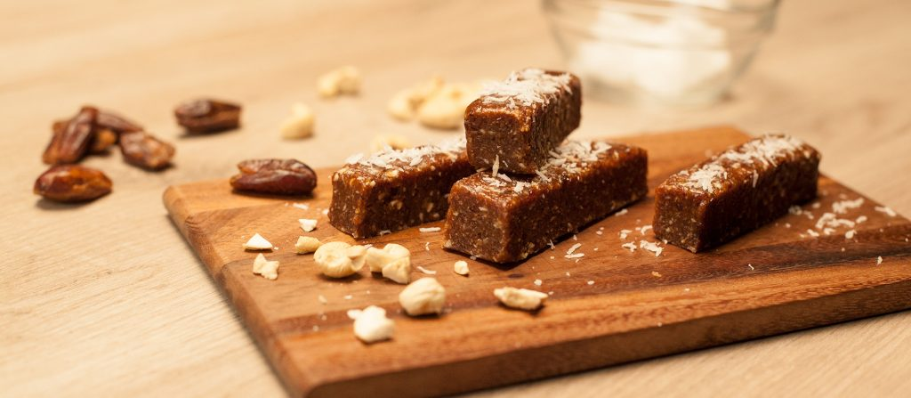 energy-bars-homemade-endurance-raw-bar