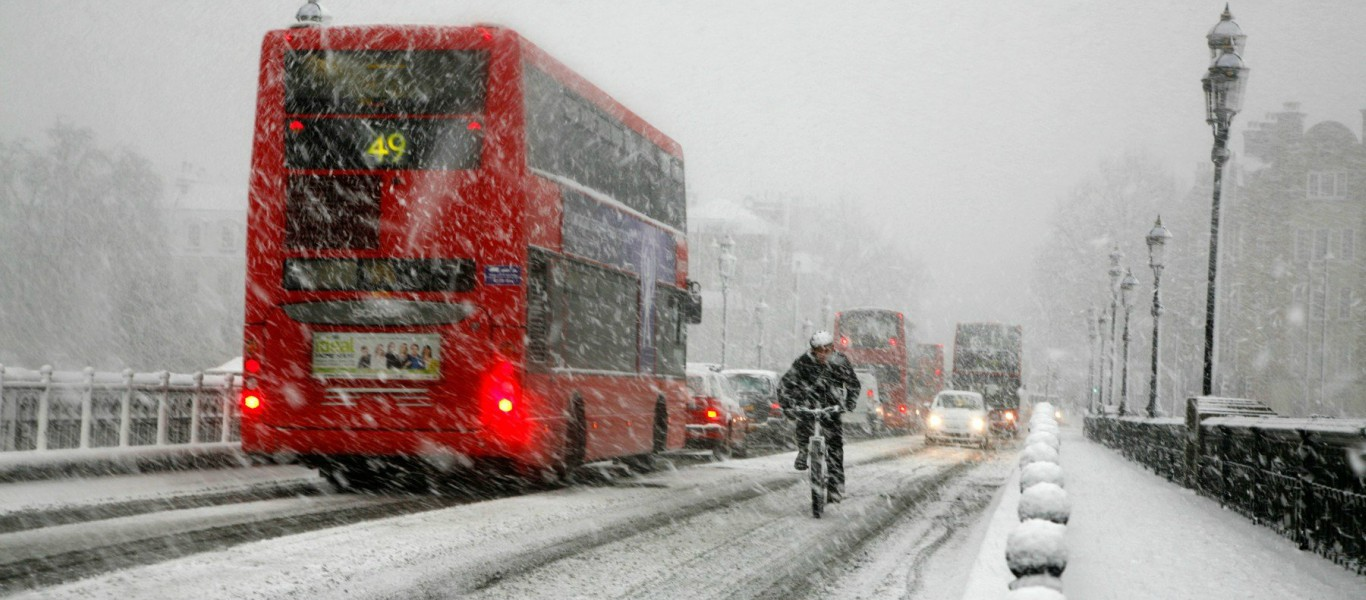 Essential Gear for Winter Urban Cycling - We Love Cycling