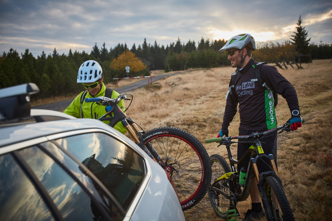 škoda Octavia Scout Will Take You All The Way To The Trail
