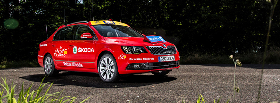 la skoda superb du tour de france we love cycling. Black Bedroom Furniture Sets. Home Design Ideas
